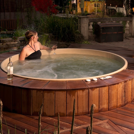 Canadian Hot Tubs Inc.